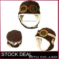 Bargain sale MOQ 1 PCS Free Shipping Winter baby earflap pilot cap BB009p