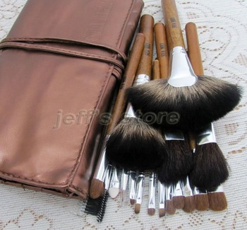 18pcs Soft Professional Artist Makeup Brushes Set Kit with PU Bag Eyeshadow Blusher Lip Brush Facial Makeup Tool