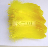 Free Shipping Newest Yellow Goose Feather 15-20cm DIY Supplies Craft Dress Mask Hat Jewelry Christmas Decorative Feather