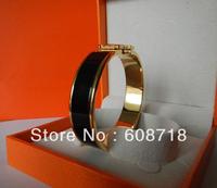 2013 Forefront Fashion Sexy BLACK ENAMEL BRACELET,Women Favorite Clic H Designer Bracelet,Excellent Gold Plated Hardaware Bangle