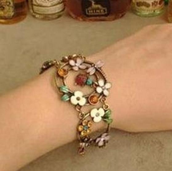 B002 Bohemian Antique Gold Flower Leaf Ladybug Dragonfly Vintage bracelets B2.3(China (Mainland))