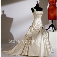 100% Real Photo Gorgeous A-line One-shoulder Satin Cheap Wedding Dresses with Embroidery Design WDD-104