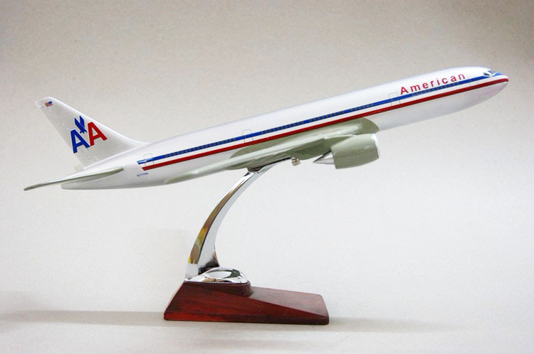 Free Shipping,B777-200 American Airlines,42cm,resin airplane models,airplane model, airbus prototype machine,(China (Mainland))