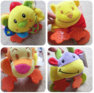 Candice guo! Hot sale educational plush toys colorful TOLO animal wrist rattles hand bell baby toys 1pc