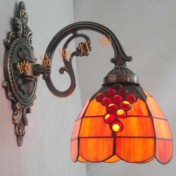 Direct manufacturers warm small wall lamp mirror front lamps Tiffany grape bathroom fixture simple TV background wall lighting(China (Mainland))