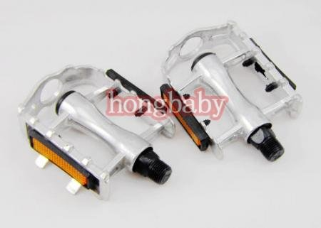New sports cycling bicycle Antislip aluminum alloy silver foot tread Bike Pedals(China (Mainland))