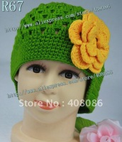 Free shipping !wholesale  100% cotton knitting baby hats handmade  kids flower caps  princess hats baby girl gift