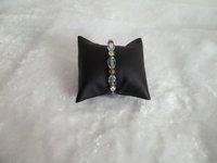 Wholesale 10pieces/lot Medium 9*8 * 5cm Black Leather Pillow Bracelet Anklet Watch Pillow Holder Chain Holder