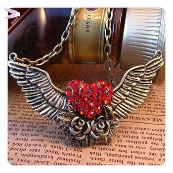 Min.order is $12(mix order)Wholesale Vintage Flower necklace Crystal Red Heart Lover necklace Angel Wings  Necklace AN010