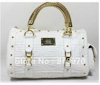 Deliver the goods free! New  bag fashion handbags popular handbags variety of color choose wholesale and retail