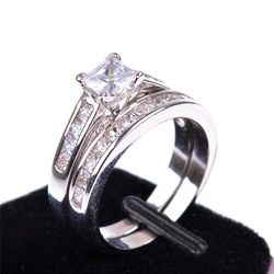 Fashion jewelry Lover&#39;s CZ White Gold Rhodium Plated Bridal Wedding Engagement Princess Cut Ring Set With A Box Free Ship R345(China (Mainland))
