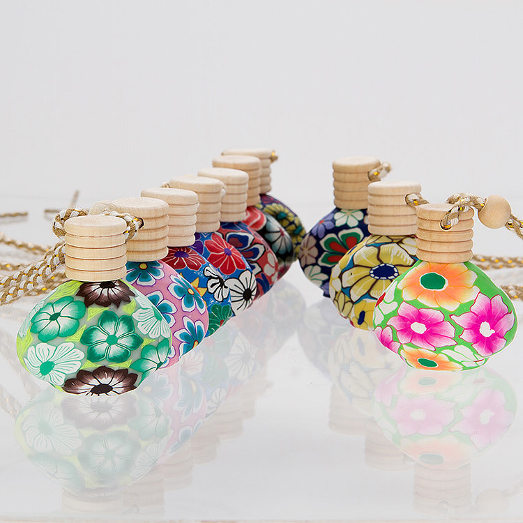 New Russia &Chinese Style Polymer Perfume Bottle in Pendant Sent by Empty .Free shipping by 30pcs/pack(China (Mainland))