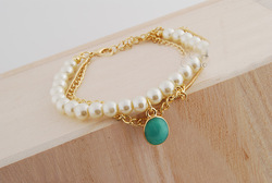Simple pearl bracelets stretch bracelet free shipping bow Bracelets&Bangles New Style Gold Bowknot Pearl Bracelets freshwater(China (Mainland))