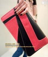 2015 Sell Hot women leather handbags women messenger bags Fashion Serpentine Pattern Clutch Day Clutch Envelope evening bags