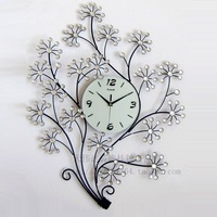 1pcs Modern European Fashion Creative Mute Electronic Clock Sitting Room Adornment Supe Personality Ikea Clock