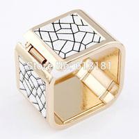 Fashion Elegant Gold color Snake Leopard pattern Bangle Big Square Metal Wide Cuff Bangle Bracelet Women