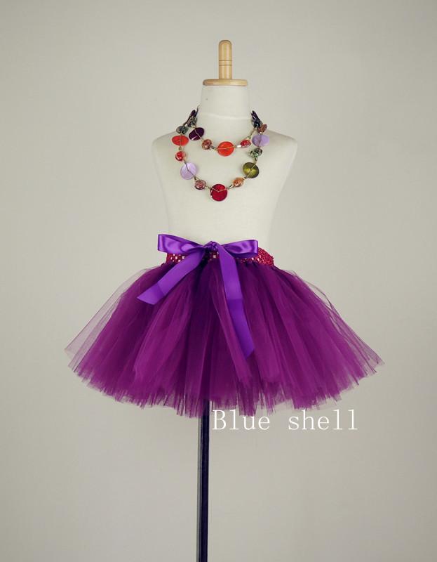 Little girls in skirts Photo 9