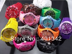 2013 New jelly candy unisex watches Silicone strap simple style LJX21(China (Mainland))