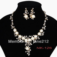 Free shipping new arrival Classic Imitation Gold Plated Clear Crystal Top Elegant Party Gift Fashion Pearl Necklace Jewelry Set