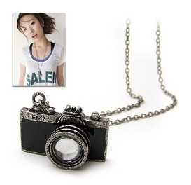free shipping manufacturers supply drip retro personality cameras alloy necklace (black)(China (Mainland))