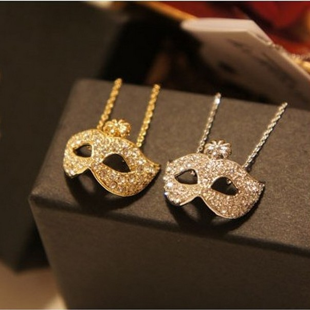 LZ Jewelry Hut N111 N112 Wholesale Fashion Fox Mask Rhinestone Short Womens Necklace(China (Mainland))