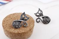 Free shipping ! High Quality ! Rhodium Fox fashion Post Stud Earrings For Women