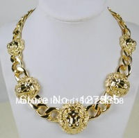 2013 latest fashion metal animal lion head shaped necklace