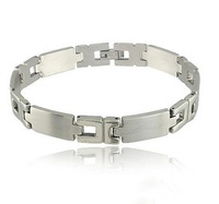 Min. order $5 2013 Top quality man's jewelry Fashion titanium steel bracelets for man free shipping RuYiSL152