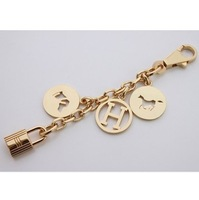 Major Brand , Fashion, High-grade Clover Keychain ,  bag accessories and auto accessories for men.