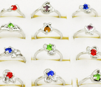 Wholesale Lot 40pcs Silver Plated Delicate Cute Small Size Gift Party Kid Children's Crytal Rings R005