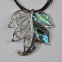 Pretty New Zealand Abalone Shell Leaf Pendant Jewelry Free shipping S984