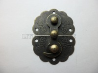free shipping 20 pcs 34mmx45mm Chinese vintage buckle tin trunk latch hook lock gift box buckle