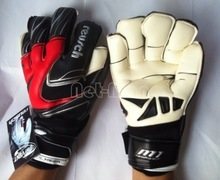 Brand Professional Brazilian Original Reusch Thickened  Senior M1  Latex plam Soccer/Football Goalkeeper Gloves(China (Mainland))
