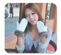 Free shipping!!G twist/lovely lady winter pure manual weaving upset warm feather fashion hang neck wool gloves