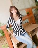 2013 New Women Fashion V-neck One Button Vertical Stripe Design Half Sleeves Coat Black& White LF13072312