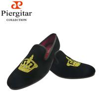 Hot selling Men Velvet Loafers Shoes American Style Embroidered  Black Velvet Driving Shoe Slipper w Gold Crown Design
