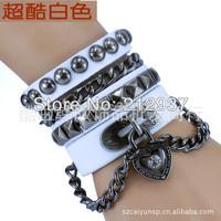 21cm Multilayer rivet personality non-mainstream punk bracelet fashion men and women lovers leather bracelet KL0050
