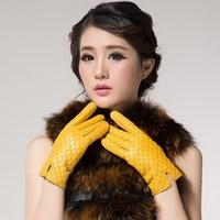 Smarten 2013 genuine leather sheepskin gloves computer embroidered plus velvet thermal gloves women's