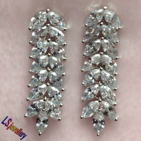 New Arrival Top Quality International Plant Leaf Unique Design AAA Zircon 18K Gold Plated Silver Color Stud Earring E2135