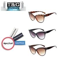 Oversized Women Brand Designer High Quality Sunglasses Cat Eye Points Female Sunglasses Fashion Rivet Oculos De Sol Feminino