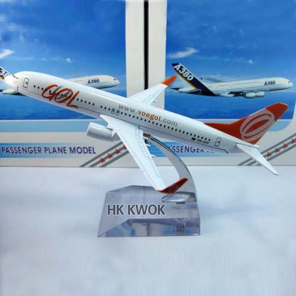 Metal Brazil Gol Plane Model Boeing b737 Aircraft Model 16cm Airplane model,Metal air airlines plane model,Toy,Christmas gift(China (Mainland))