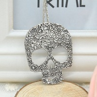 Vintage Gothic Carved Flowers Skull Necklace Pendant Necklaces, Sweater Creative Design Long Chain Necklace for Girls Y10*MHM246