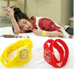 long band soft silicone jelly Winding watch, free shiping for wholesale, 13 color available(China (Mainland))
