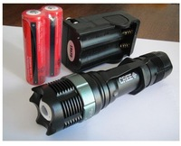Free shipping Wholesale ZOOMABLE 7W CREE LED Rechargeable 400 Lumen 18650 Zoom Flashlight 3x AAA Torch Lamp Light Battery