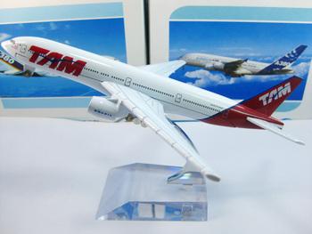 Free Shipping,Airlines plane model,   TAM B777-200, 16cm, metal airplane models,airplane model