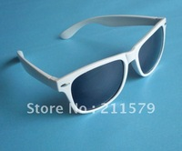 2012 New arriver plastic sunglasses sports sunglasses Color can be mixed 20pcs/lot.