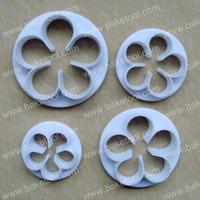 Free shipping,Plastic 4pcs 5petal flower shape cake plunger cutters set