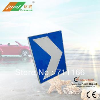 LED solar flashing traffic slow signs