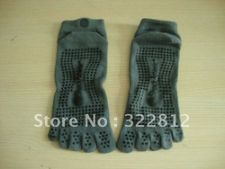 100% COTTON anti-slip soft YOGA SOCKS/five toes or normal pattern(China (Mainland))
