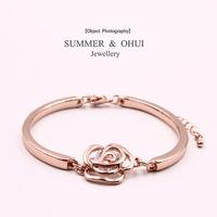 18K Rose Gold Plated Cubic Zirconia CC Flower Brand bangle Bracelet